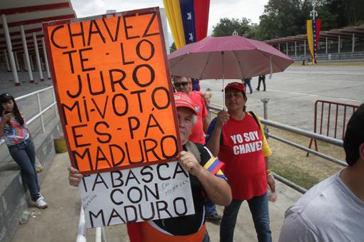 Chavez funeral crowd_Juan Victor Fajardo 510x340