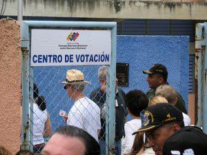 VenezuelaCNEVote_GuillermoEsteves_500x375