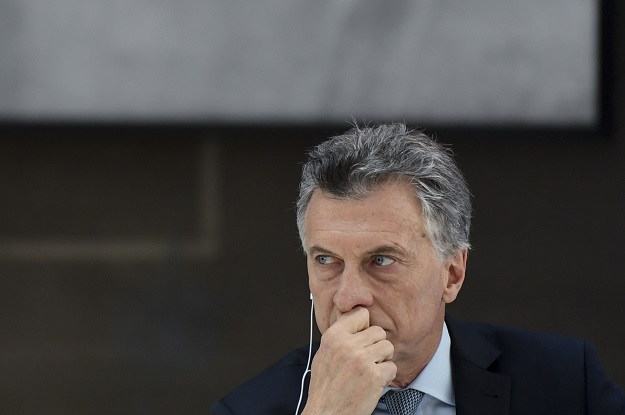 Macri_Castellano_top