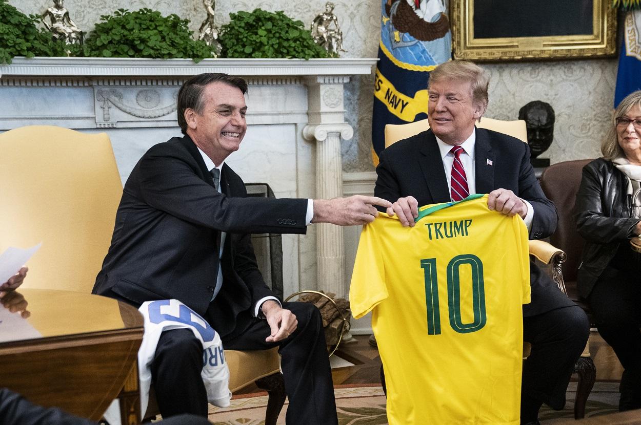 Trump_Bolsonaro_jersey_top